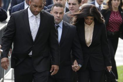 Звездную пару из американского реалити-шоу осудили за мошенничество ... 0db5ae1335a